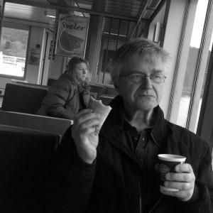 Erling slurper kaffe! (Arkivfoto)